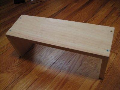bench400.jpg